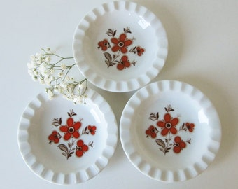 Three Little Vintage Plates by Schumann Arzberg Bavaria, with Brown and Orange Floral Design 70s 16255