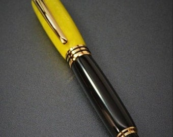 Fountain Pen - Crushed Lemon and Black with gold plated components.