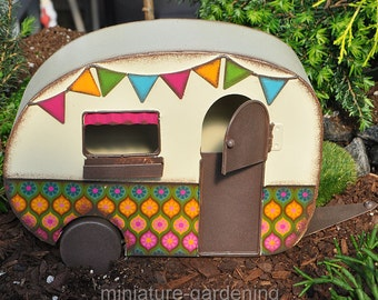 Camper Trailer for Miniature Garden, Fairy Garden