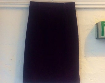 "SALE WAS 18 Vintage Skirt. St Michael purple cord size 10 12 short court skirt length 24"" waist 26"" hips 37"""