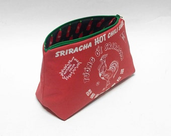 Sriracha HOT Chili Sauce Bag (With Green Zipper)