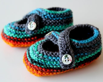 Knitted baby booties, Newborn shoes, Cute baby booties, Knit Baby Slippers, Colourful Baby Shoes,  Baby shower gift