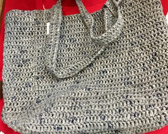 Recycled plastic grocery bag/tote