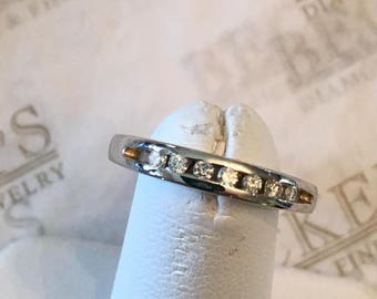 Vintage 14k white gold 3.25mm 7 Round Diamond Channel Set Wedding Band, .14 tw, IJ-I1, size 6.5