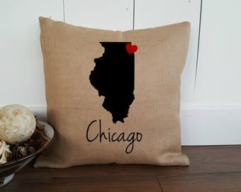 Chicago Pillow Cover. Personalized State Pillow.  Illinois Pillow. Personalized Gift Pillow Cover. Chicago Gift. Zipper enclosure