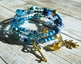 Turquoise bracelet Her gift Light blue bracelet Crystal bracelet Glass bracelet Summer bracelet Beaded bracelet Stone bracelet Wire bracelet