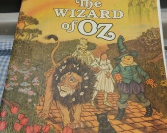 Wizard Of Oz Illustrated by Michael Hague