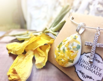 Memorial Jewelry, Funeral Flowers, large, memorial flowers, bereavement gift, in memory, loss of loved one, flower necklace, dried petals