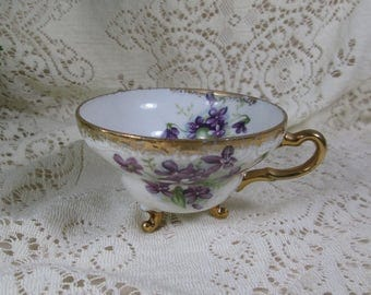 Orphan Three Footed Teacup, Unmarked, Violets, Gold Trim - Replacement Cup