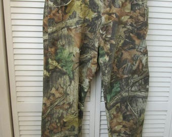 VintageWrangler Rugged Wear camouflage jeans made in USA. Near mint sz 40/30 cool camo jeans by Wrangler. Camouflage jeans Wrangler.