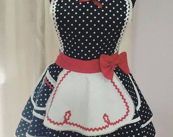 Retro apron pin up style