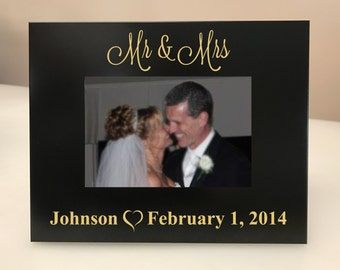PERSONALIZED! Mr & Mrs Picture Frame