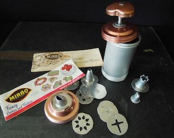 Mirro Cooky Pastry Press - Vintage Cookie Press - Metal Cookie Gun - Gift Pastry Chef Baker - Dessert Maker