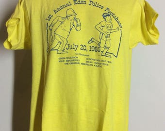 Vtg 1986 Screen Stars Police Footchase T-Shirt Yellow M/L 80s 50/50 Eden NY
