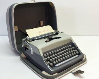 Vintage Manual Typewriter 1979 Royal Cavalier Speed Writer Volkswagen Generation