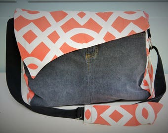 Promo! Large sling bag / large purse / bag to layer / coral