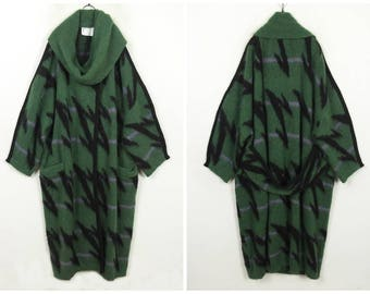 Beautiful 80's Retro Vintage olive green striped scarf collar long wool sweater coat