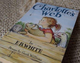 Charlotte's Web. EB White. Children's Puffin Paperback Book. Illus. Garth Williams