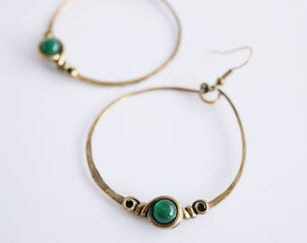 Loops ethnic - Creole - - emerald green - patina brass hammered-