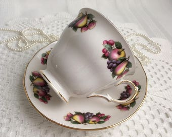 Queen Anne Fine Bone China Tea Cup and Saucer, Yellow with Colourful Pansies