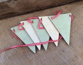 Wooden Mini Bunting Vintage Decoupage Papered Country shabby chic Style decor