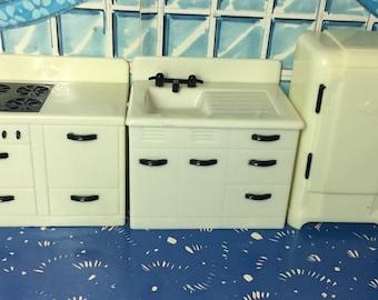 Renwal Kitchen Appliances-vintage dollhouse miniature Furniture Sink stove fefrigetator 1:16 plastic