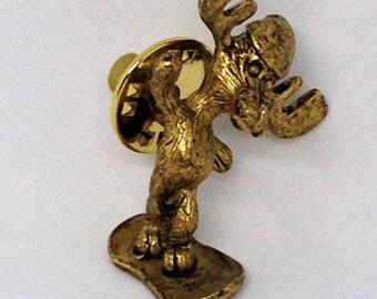 Moose on Snow Board Tack Pin, Moose Tack Pin, Moose Brooch, Gold Moose Pin, Moose Lovers Pin, Moose Jewelry