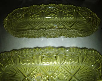 item # 1275...L.E.Smith Yellow Glass Dish...ROLL BACK!!!