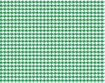 Houndstooth - Kelly Green and White Cotton Fabric by the Yard