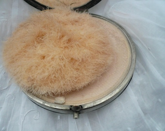 Pretty French VINTAGE COMPACT, Leather Compact,  French Powder Compact and Mirror. 1940's