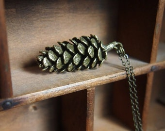 Pinecone necklace // lovely cast pine cone // woodland style // forest forager // layers nicely // N073