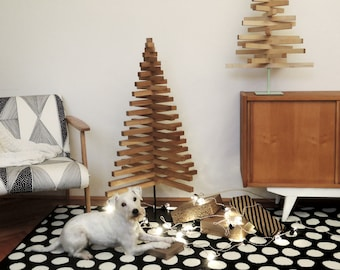 WOODEN CHRISTMAS TREE / 30 inch - 75 cm / Oak, Maple wood / X stand in 5 colors / minimal / modern / design / sustainable