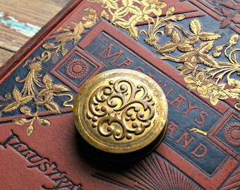 Vintage Gold Compact,Rouge Compact, 1940's
