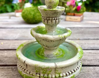 Dollhouse fountain, miniature water fountain, fairy garden fountain