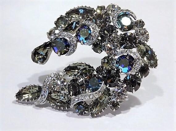 WEISS Rhinestone Brooch Black Diamond Peacock AB Aurora Borealis Vintage 1950s Mid Century Old Hollywood Wedding Bride Bridal Brooch Jewelry