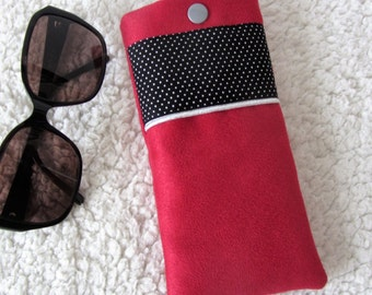 Chic retro glasses case in suede fabric and red black white dots