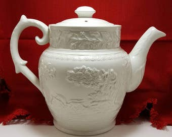Gorgeous Hunt club ironstone T.G. green and Co antique vintage teapot