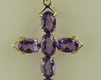 Amethyst 2.21 ct Pendant With 14K Yellow Gold