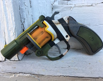 Borderlands Snub Nose Prop gun, ready to ship