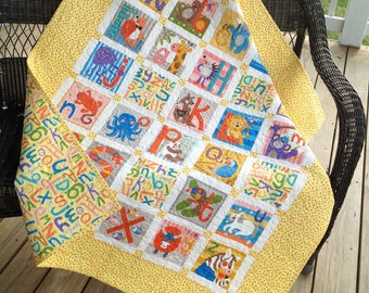 "Alphabet baby quilt - yellow 44"" x 51"""