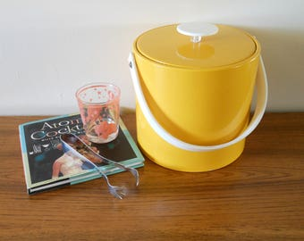 Mid Century Georges Briard Yellow Vinyl Ice Bucket, Groovy Mod Ice Bucket, Yellow Ice Bucket, Made in USA, Yellow Wine Chiller