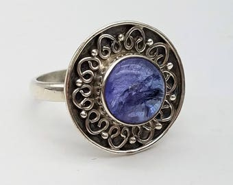 Antiqued Sterling Silver & Tanzanite Cabochon Solitaire Ring - Size 7.75