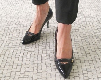 SALES, Black leather pointy pump Black pointed toe stiletto, Black leather shoes , Women handmade black shoes, shoes Italy