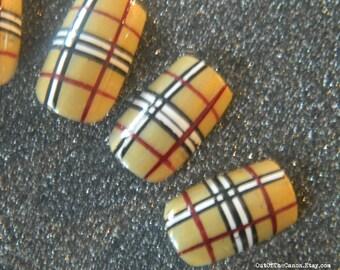 Short / Medium Tartan false Nails.