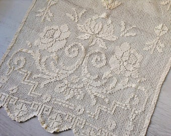 Ivory crochet curtain with floral pattern, Italian vintage