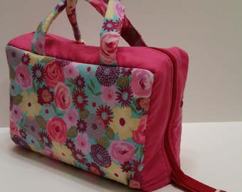 Bright Flower Lunch Tote Opening Into a Tray.