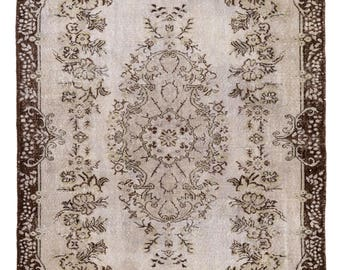 6x9 ft Gray& Brown color vintage handmade Rug. Decorative Old carpet for contemporary interior design. Ideal for home-office decor.  A322