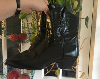 Black Pleather Ankle High Cowboy Boots : Women's Size 10