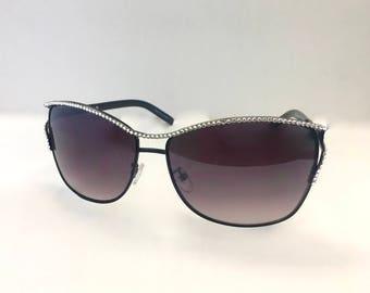 Fashion sunglasses made with Swarovski Crystals