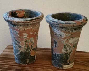 2 small terea cotta planters